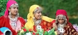 kashmiri traditional dress
