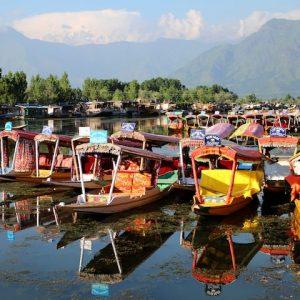Experience Joys of Charismatic Kashmir